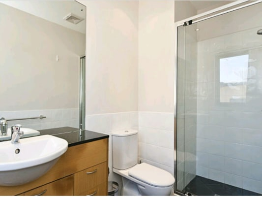 $340, Flatshare, 3 bathrooms, Hay Street, East Perth WA 6004