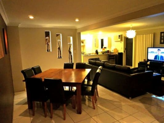 $165, Share-house, 3 bathrooms, Howsan Street, Mount Gravatt East QLD 4122