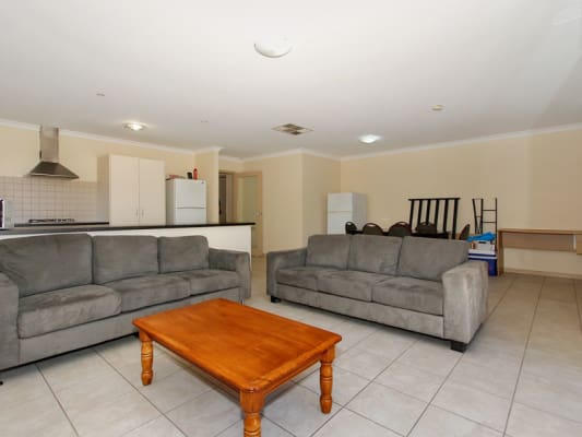 $160, Share-house, 1 bathroom, Humphry St, Saint James WA 6102