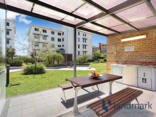 $340, Flatshare, 2 bathrooms, Janoa Place, Chiswick NSW 2046