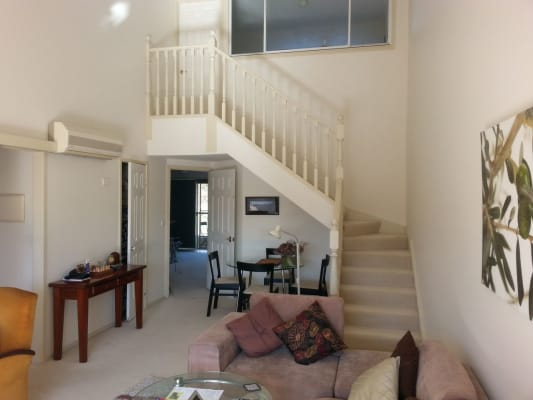 $200, Flatshare, 3 bathrooms, Jerrabomberra Avenue, Narrabundah ACT 2604