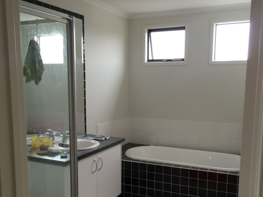 $150, Share-house, 4 bathrooms, Marriott Drive, Keysborough VIC 3173