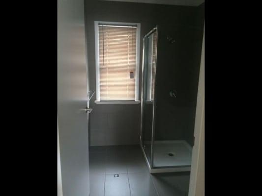 $150, Share-house, 3 bathrooms, Kingsford Smith Drive, Hamilton QLD 4007