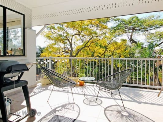 $157, Flatshare, 3 bathrooms, Lambert Road, Indooroopilly QLD 4068