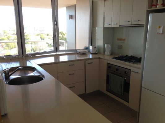 $155, Flatshare, 3 bathrooms, Lambert Street, Kangaroo Point QLD 4169