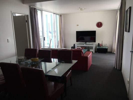 $300, Flatshare, 2 bathrooms, Leichhardt Street, Spring Hill QLD 4000