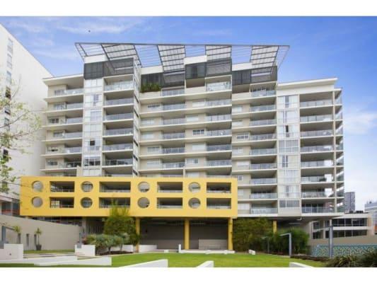 $160, Flatshare, 2 bathrooms, Leichhardt Street, Spring Hill QLD 4000