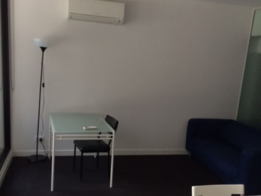 $125, Flatshare, 2 bathrooms, Little Collins St, Melbourne VIC 3000