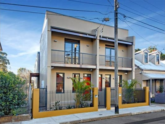 $320, Share-house, 3 bathrooms, Lord Street, Newtown NSW 2042