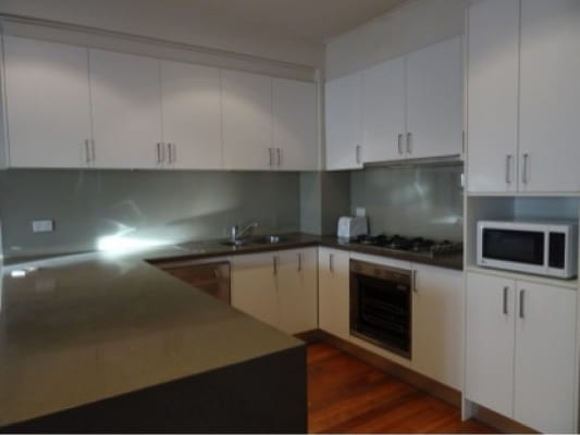 $360, Share-house, 5 bathrooms, Loughmore Lane, North Melbourne VIC 3051