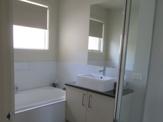 $170, Share-house, 3 bathrooms, Maroondah Hwy, Croydon North VIC 3136