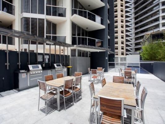 $300, Flatshare, 2 bathrooms, Mary Street, Brisbane City QLD 4000