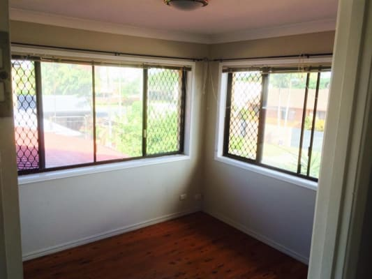 $200, Share-house, 4 bathrooms, Monterey Court, Broadbeach Waters QLD 4218