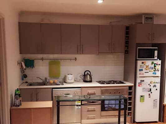 $180, Flatshare, 3 bathrooms, Moreland Road, Brunswick West VIC 3055