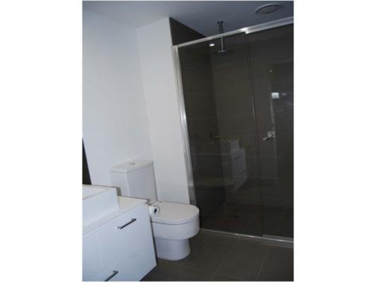 $170, Flatshare, 2 bathrooms, Mt Alexander Road, Essendon VIC 3040