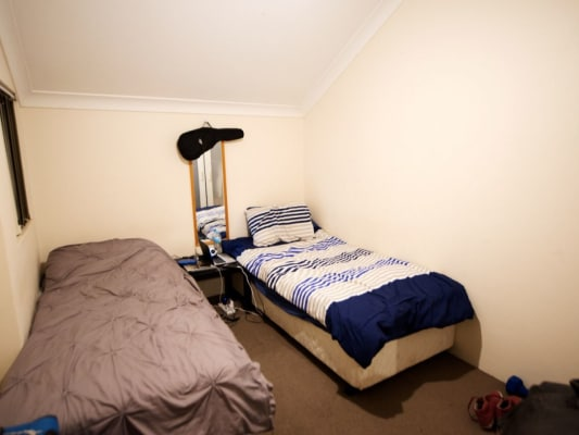 $200, Flatshare, 2 bathrooms, Myrtle St, Chippendale NSW 2008