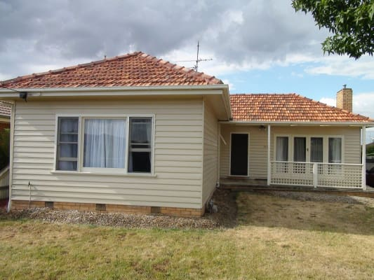 $140, Share-house, 3 bathrooms, Norman Street, Wendouree VIC 3355