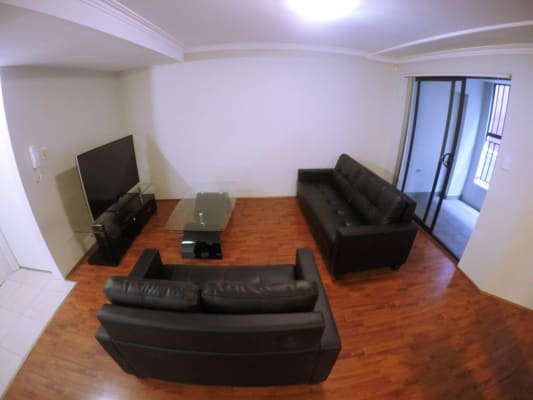 $215, Flatshare, 3 bathrooms, Pine Street, Chippendale NSW 2008