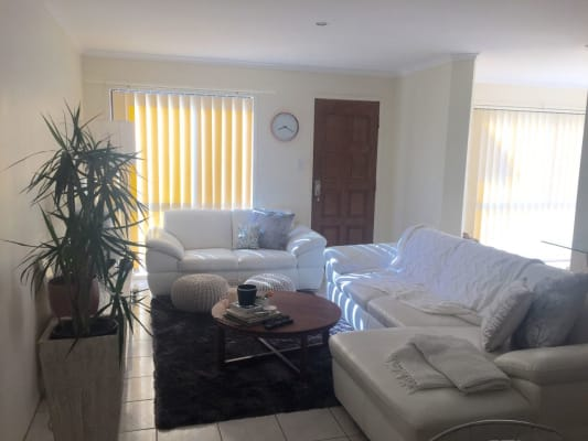 $200, Share-house, 3 bathrooms, Pine Valley Drive, Robina QLD 4226