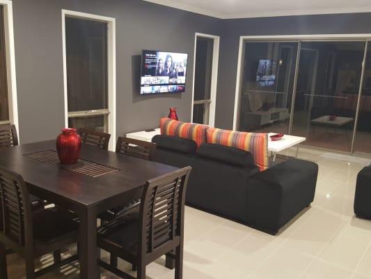 $200, Share-house, 3 bathrooms, Pinehill Street, Yarrabilba QLD 4207