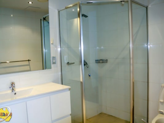 $250, Flatshare, 3 bathrooms, Pitt Street, Sydney NSW 2000