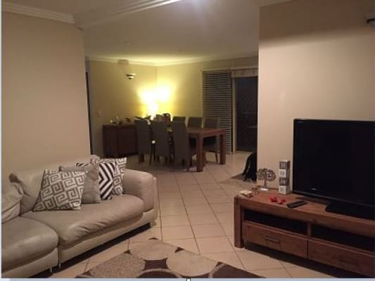 $180, Share-house, 4 bathrooms, Pohlman Street, Southport QLD 4215