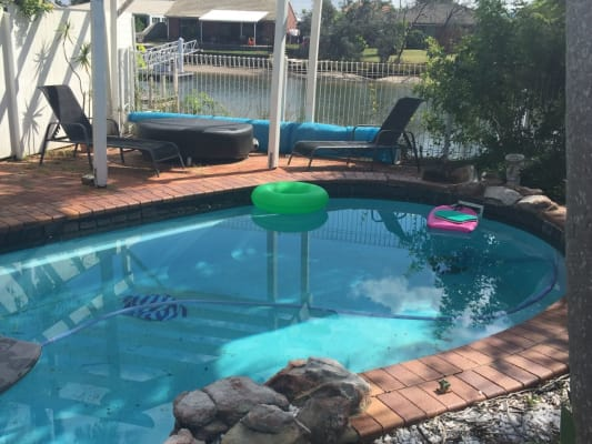 $180, Share-house, 4 bathrooms, Point Cartwright Drive, Buddina QLD 4575