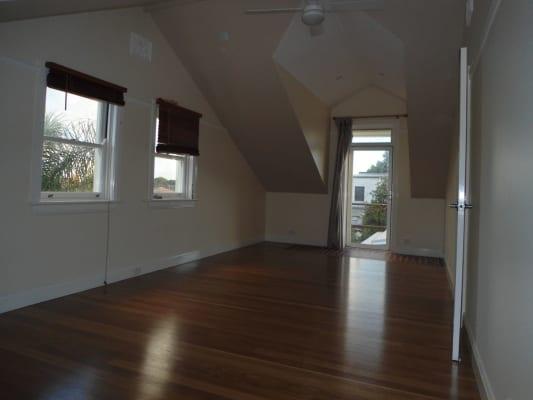 $250, Share-house, 4 bathrooms, Premier St., Marrickville NSW 2204