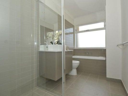 $220, Share-house, 3 bathrooms, Oakover Road, Preston VIC 3072