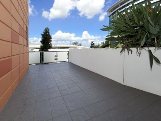 $250, Flatshare, 3 bathrooms, Quay St, Brisbane City QLD 4000