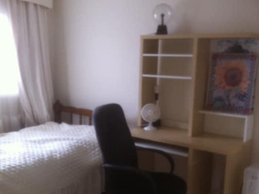 $120, Share-house, 3 bathrooms, Rathcown Road, Reservoir VIC 3073