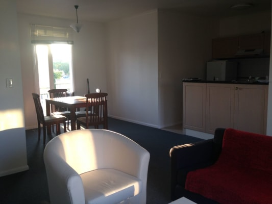 $230, Flatshare, 2 bathrooms, Rathdowne Street, Carlton VIC 3053