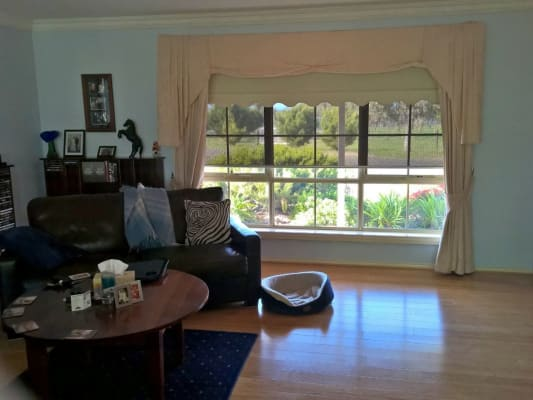 $175, Share-house, 3 bathrooms, Riddell Rd., Riddells Creek VIC 3431