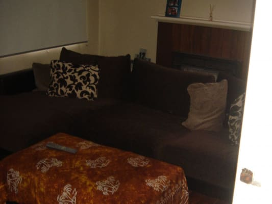$200, Share-house, 3 bathrooms, Riversdale Road, Box Hill South VIC 3128