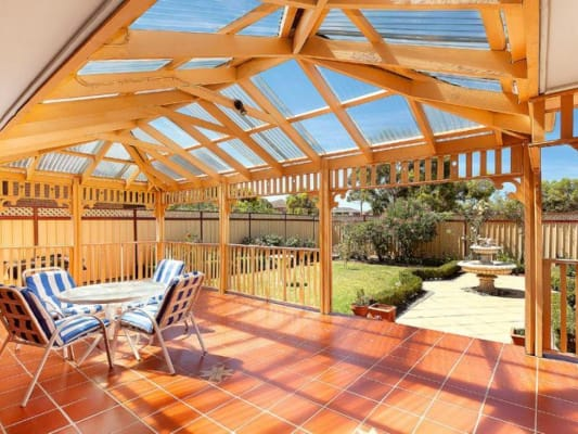 $200, Share-house, 5 bathrooms, Riviera Road , Avondale Heights VIC 3034