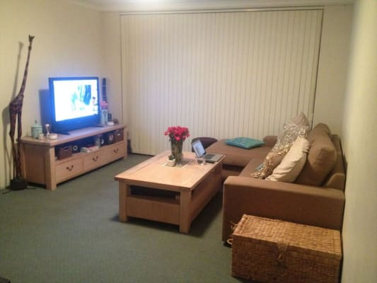 $275, Flatshare, 2 bathrooms, Rodborough Avenue, Crows Nest NSW 2065
