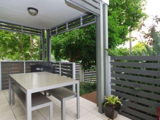 $190, Share-house, 3 bathrooms, Rutland St, Coorparoo QLD 4151