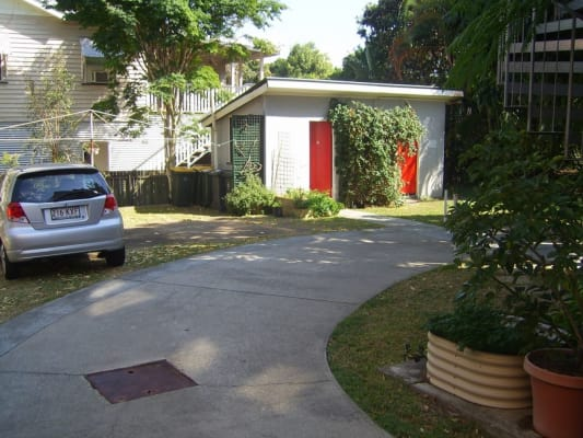 $175, Flatshare, 3 bathrooms, Sandgate Rd, Clayfield QLD 4011