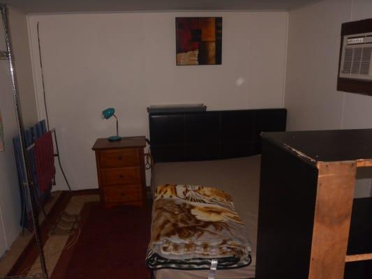 $150, Share-house, 5 bathrooms, Saturn Street, Beckenham WA 6107