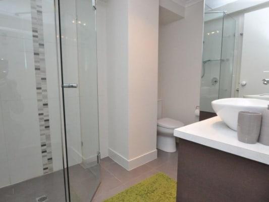 $300, Flatshare, 3 bathrooms, Southbank Boulevard, Southbank VIC 3006