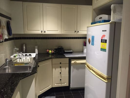 $275, Flatshare, 2 bathrooms, Spit Rd, Mosman NSW 2088