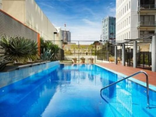 $296, Flatshare, 2 bathrooms, Sturt Street, Southbank VIC 3006