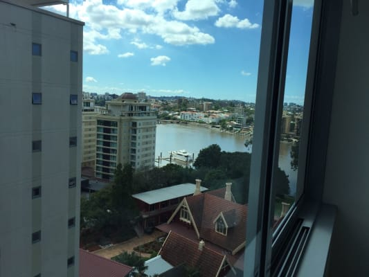 $270, Flatshare, 2 bathrooms, 'The Peninsula' Thorn Street , Kangaroo Point QLD 4169