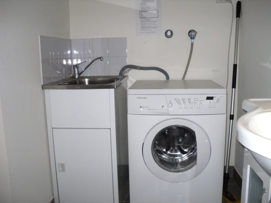 $220, Share-house, 4 bathrooms, Walter St, Seddon VIC 3011