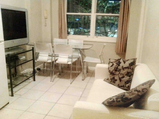 $340, Flatshare, 2 bathrooms, William Street, Woolloomooloo NSW 2011