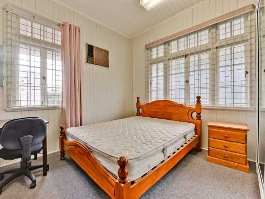 $175, Student-accommodation, 1 bathroom, Morrow Street, Taringa QLD 4068