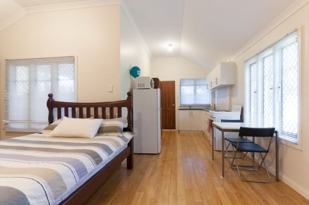 $425, Studio, 1 bathroom, Canterbury Terrace, East Victoria Park WA 6101