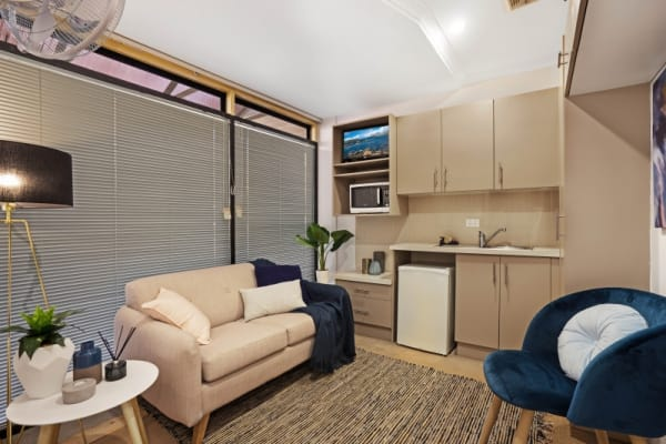 $185-200, Student-accommodation, 2 rooms, Hunter Street, Newcastle NSW 2300, Hunter Street, Newcastle NSW 2300