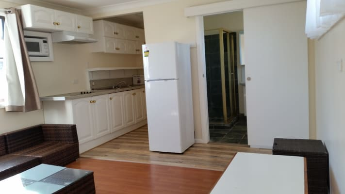 $250, Granny-flat, 1 bathroom, Goldie Place, Colyton NSW 2760