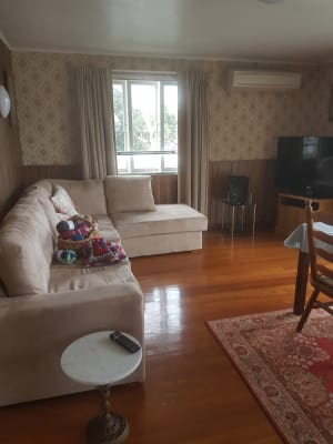 $120, Share-house, 3 bathrooms, Glen Retreat Road, Mitchelton QLD 4053